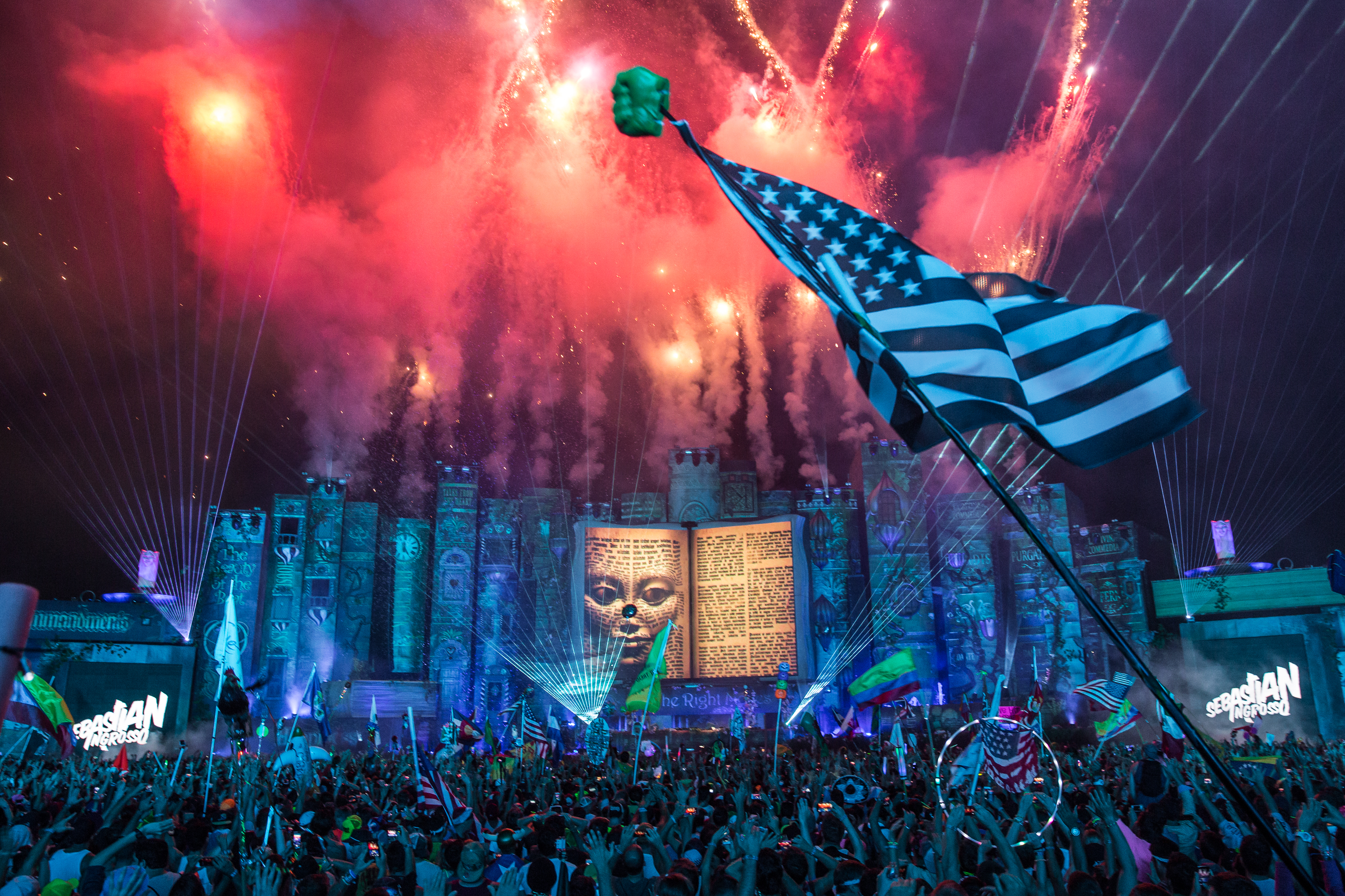 Massive: TomorrowWorld's astounding mainstage.