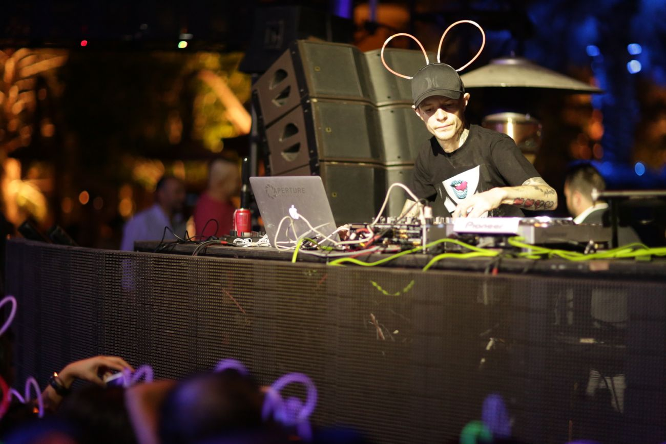 XS - deadmau5 surprise set - 11.15.13