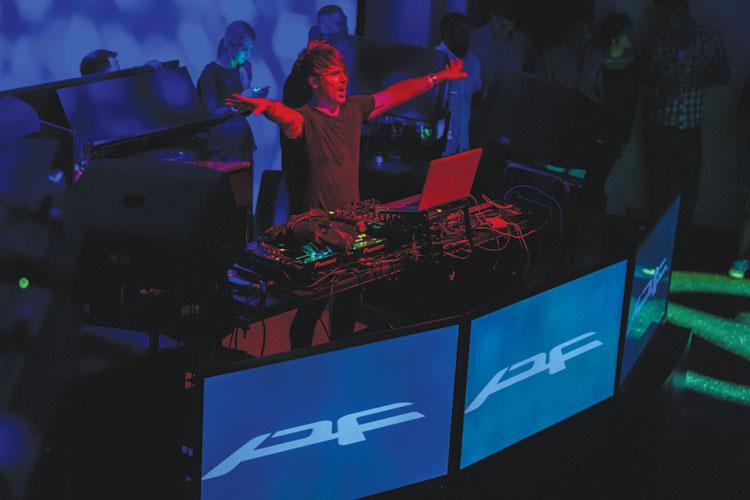 DJT-01-F1-B