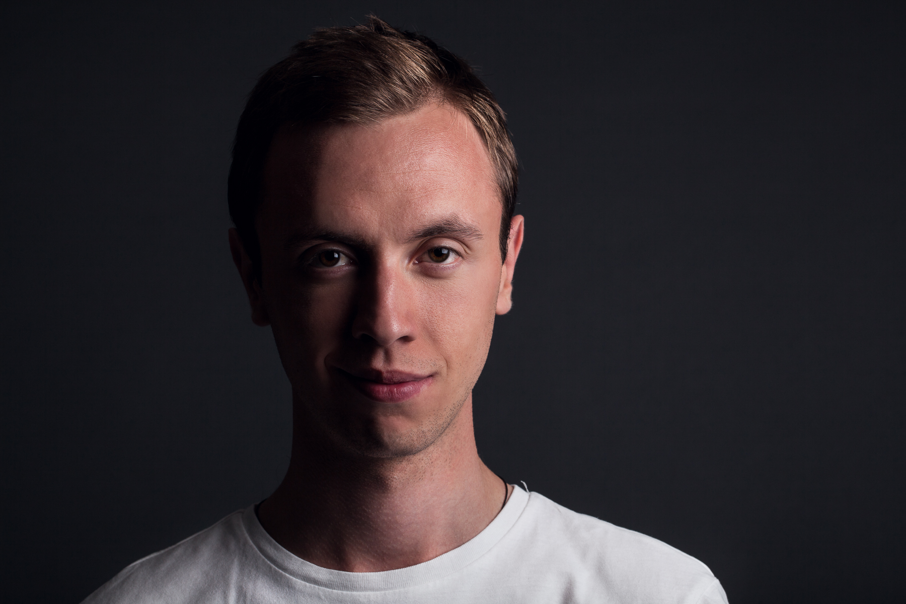 Andrew Rayel COLOR_credit Armada Music-5
