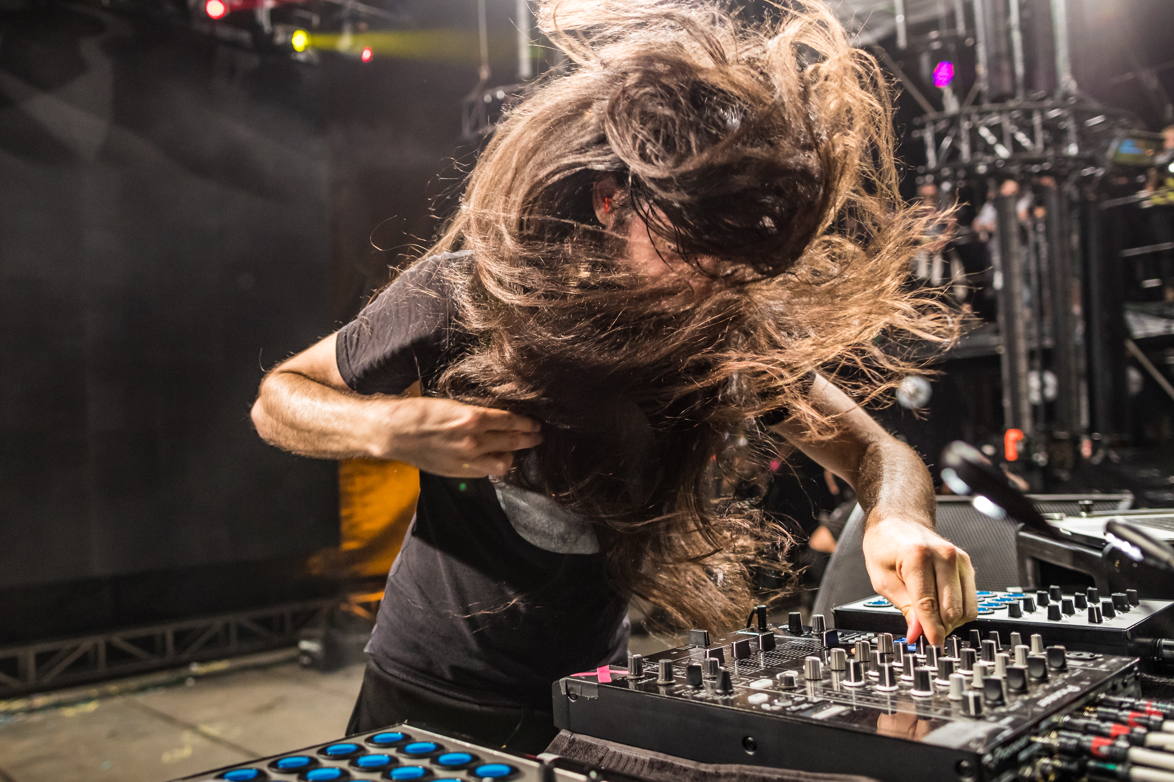 In Action: Bassnectar drops a beat.