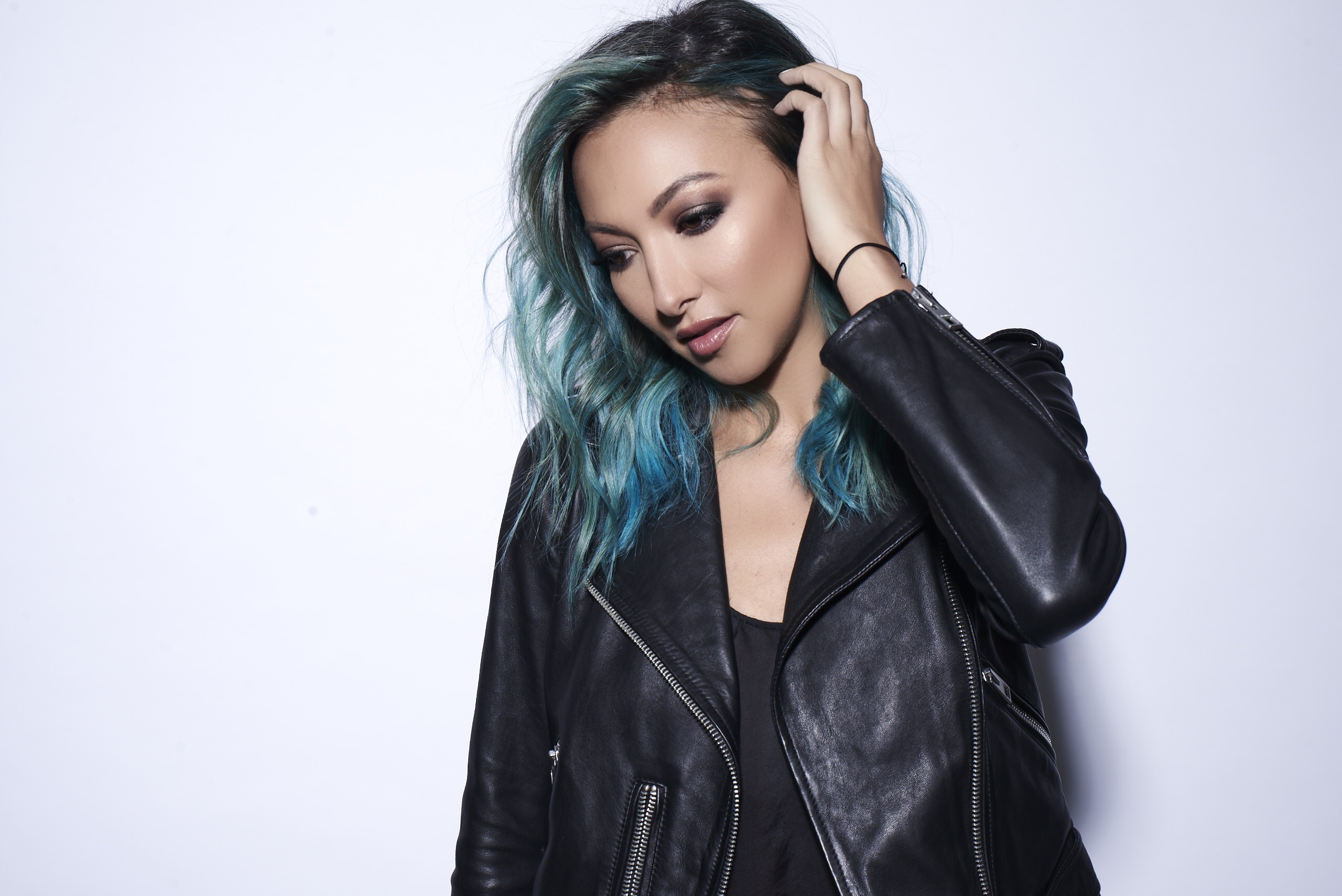 Lauren Lane Stuns With Pete Tong Showcase Mix